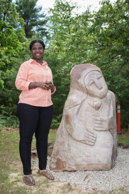 Sculptor Ennica Mukomberanwa.