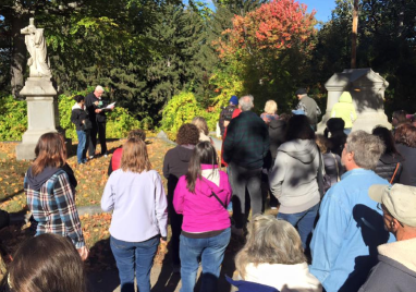 Oct. 17 Valley Street Cemetery tour was well attended.