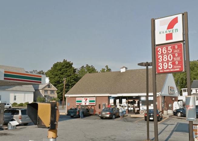7-Eleven Maple Ave