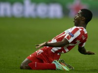 Olympiacos-v-Manchester-United-Joel-Campbell-_3090356
