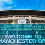 Croatia's Mateo Kovacic in action with Argentina's Gabriel Mercado