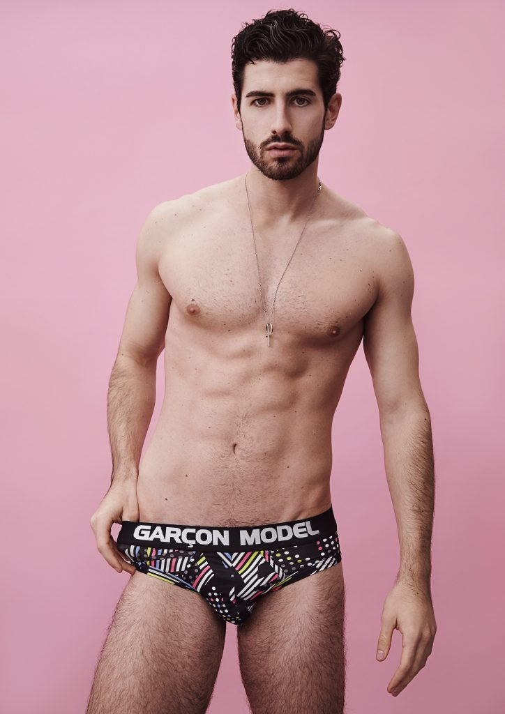 Riccardo sporting Garçon Model Galaxy