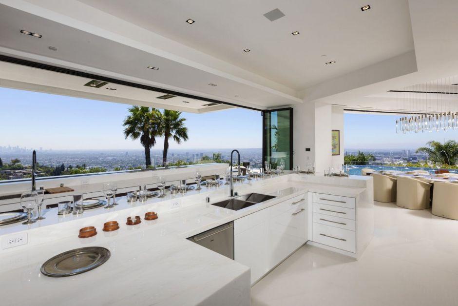 1181 North Hillcrest Küche Markus Persson Mansion Minecraft Villa Haus Los Angeles Beverly Hills Design Interieur Architektur