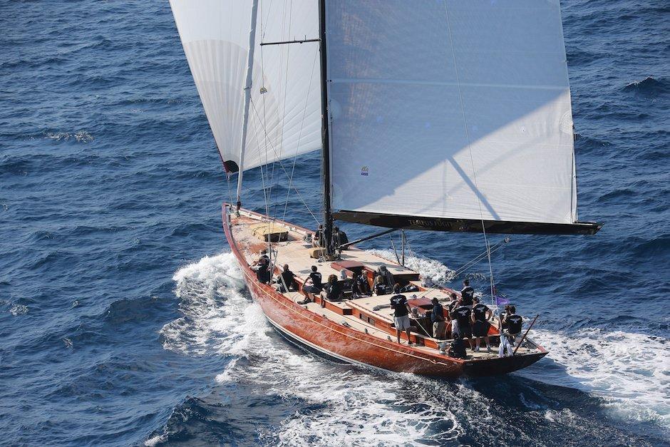 Sailing the Tempus Fugit