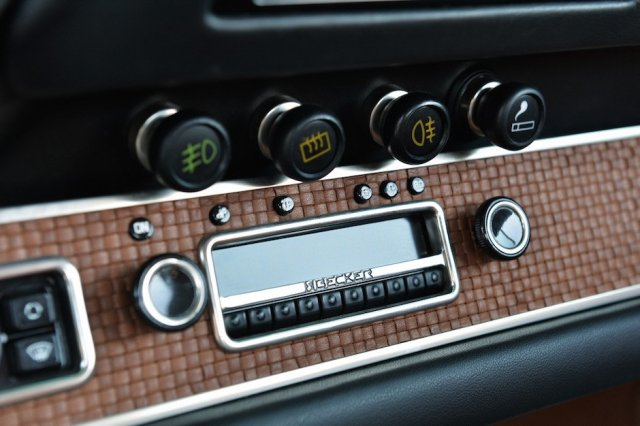 singer-911-racing-blue-10