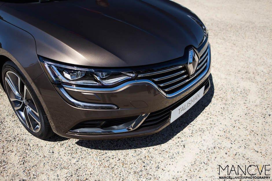 Renault-Talisman-LED-Scheinwerfer-Kuehlergrill