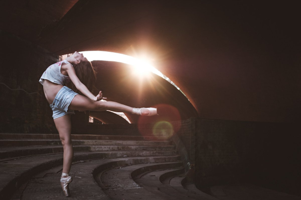 Omar Robles Cuba Kuba Havanna Ballet Ballettänzerin Straßen Schatten Akrobatik Tanz Gegenlicht Fotograf Kunst Portrait Dokumentation