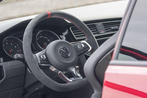 VW-Golf-Clubsport-S-Interieur