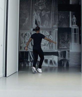Lil Buck Dance Choreography Tanz Foundation Louis Vuitton Paris Slide Flow Musik Kunst Museum Führung Swag