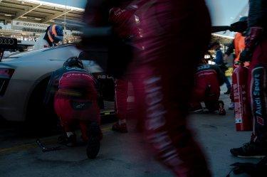 45. ADAC Zurich 24h Rennen Nürburgring Audi R8 LMS GT4 Phoenix Racing Pit Stop