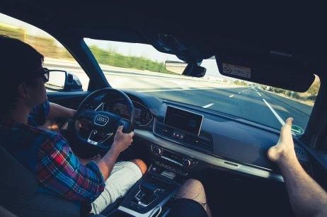 Audi SQ5 Innenraum Fahrt Roadtrip