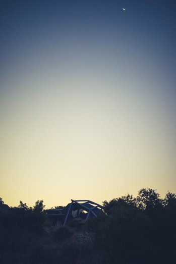 Audi SQ5 Heimplanet Zelt Tagesanbruch
