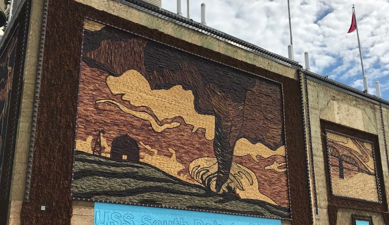Visiting Corn Palace and Wall Drug: Is It Worth the Stop?