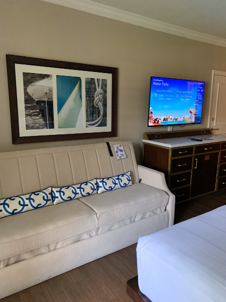 Yacht Club standard room couch and TV
