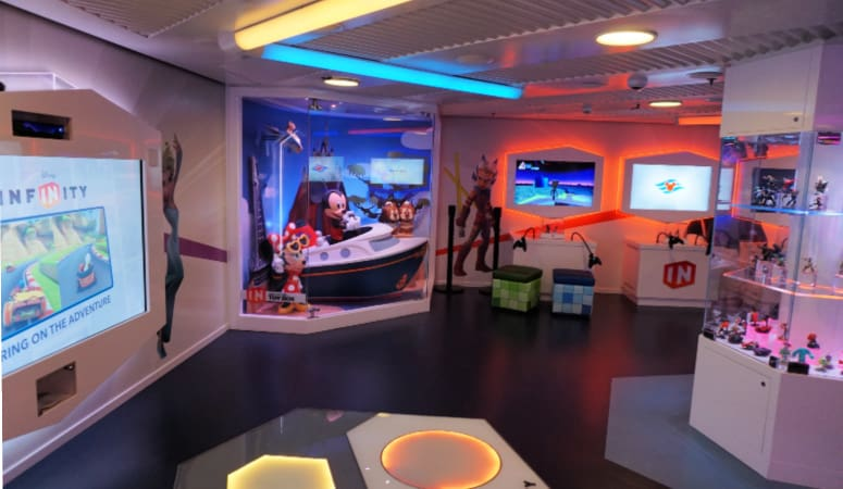 Kids Club Disney Infinity Room