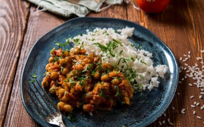 Mandala Organic - Chickpeas in Red Curry with Fresh Coriander
