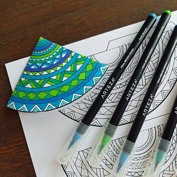 Aretza Real Brush Pens, my favourite colouring pens