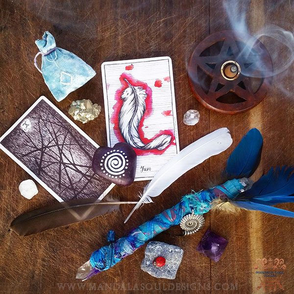 Ten Of Wands & Fun Tarot & Oracle Reading