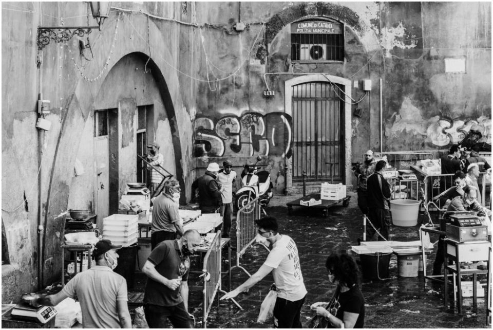 La Pescheria in Catania in black and white