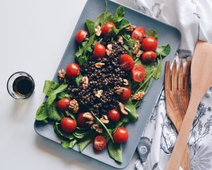 Arugula and lentils salad