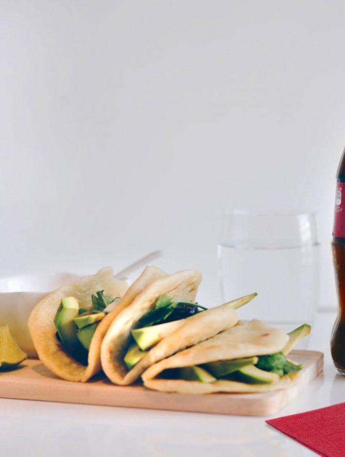 Tako vegjetariane të thjeshta dhe të shpejta, ideale për tu mbledhur me miqtë për #tacoTuesday