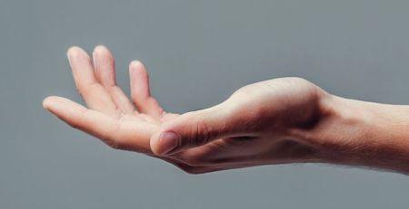 'Rewiring nerves' reverses hand and arm paralysis - The Mandatory Training Group UK -