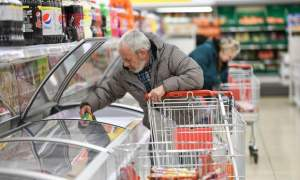 Government helps supermarkets target deliveries to vulnerable shoppers - The Mandatory Training Group UK -