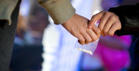 Ten-arrests-after-four-young-people-die-in-suspected-drug-incidents-over-weekend-MTG-UK