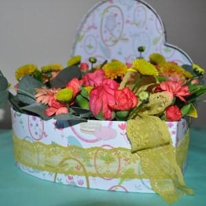 Heart-shaped flower box