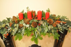 Christmas Mantelpiece Display
