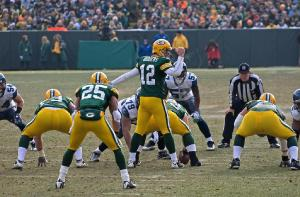 Aaron Rodgers setting the Packers offense during touchdown drive