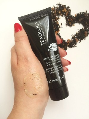 swatch face scrub 02
