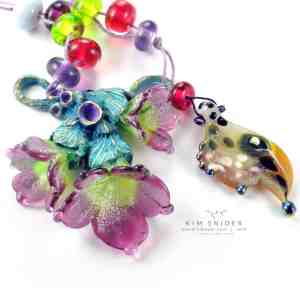 Raspberry Trio Blossom Focal : Gardens Collection