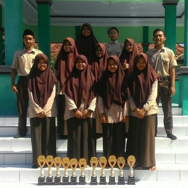 Para Juara Kompetisi Sains Madrasah (KSM) MAN 2 Ponorogo
