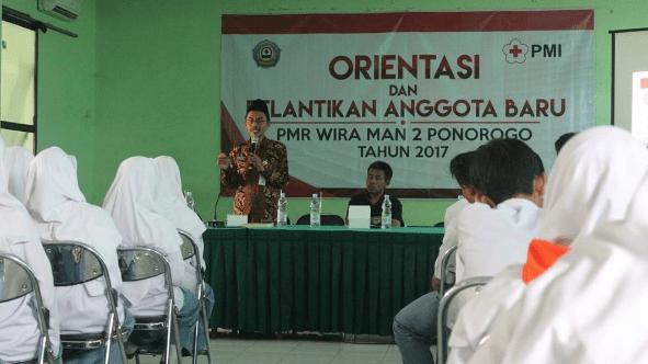 Pelantikan Anggota Baru PMR WIRA MAN 2 Ponorogo