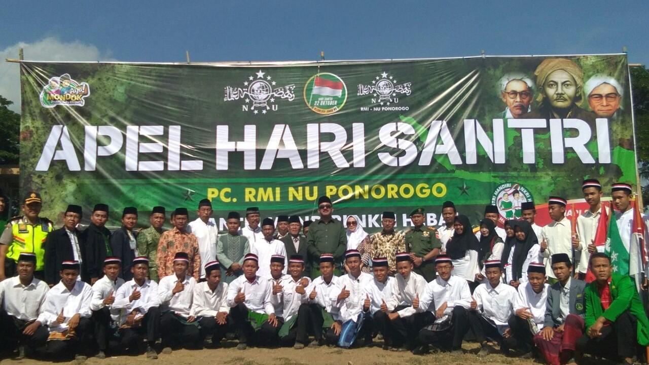 Siswa MAN 2 Ponorogo Berperan Aktif dalam Peringatan Hari Santri Nasional.