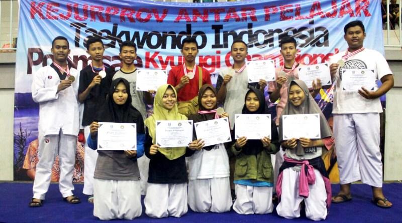 MAN 2 Ponorogo Kembali Borong Medali KEJURPROV TAEKWONDO JATIM