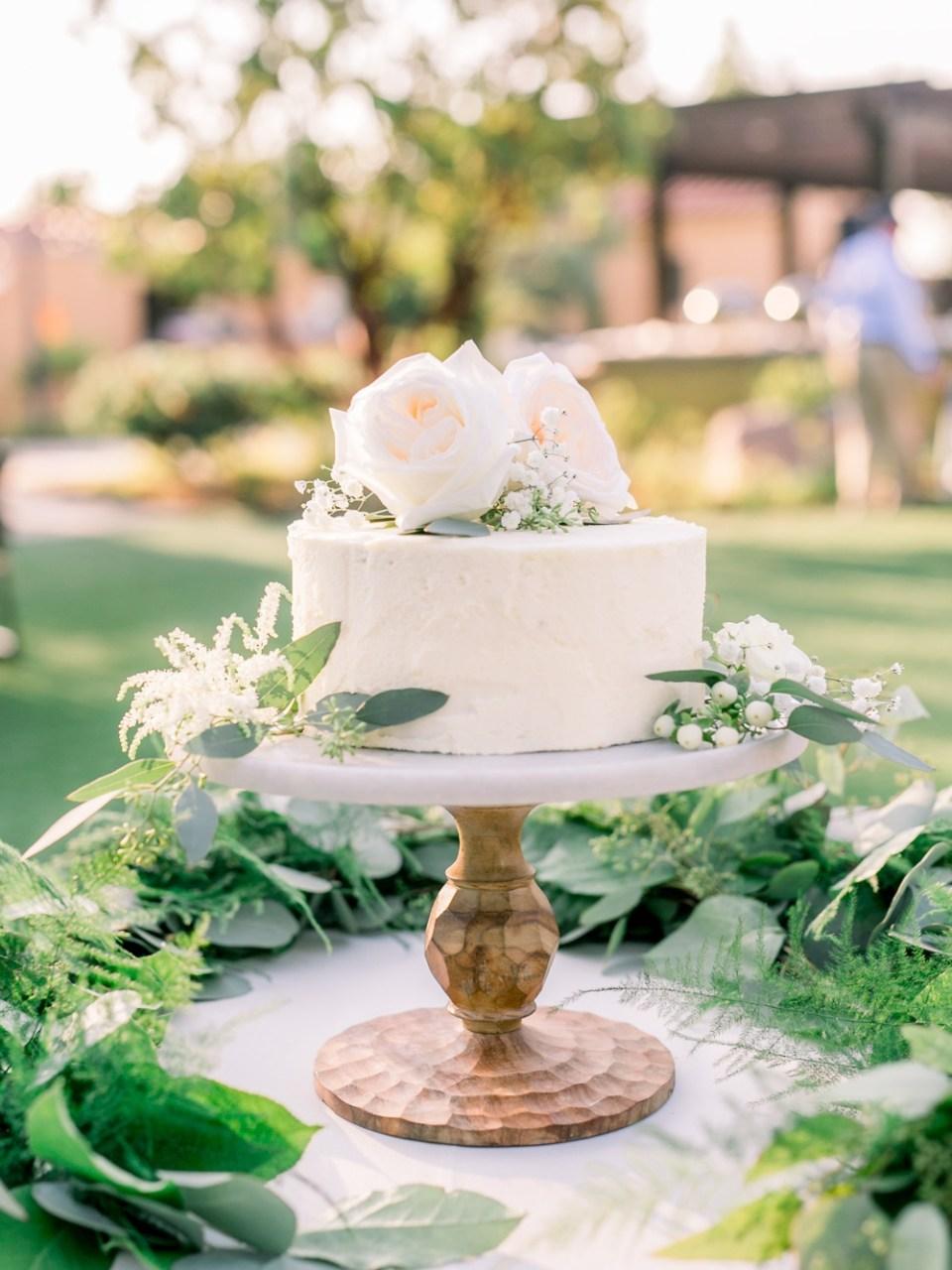 los robles greens wedding reception cake