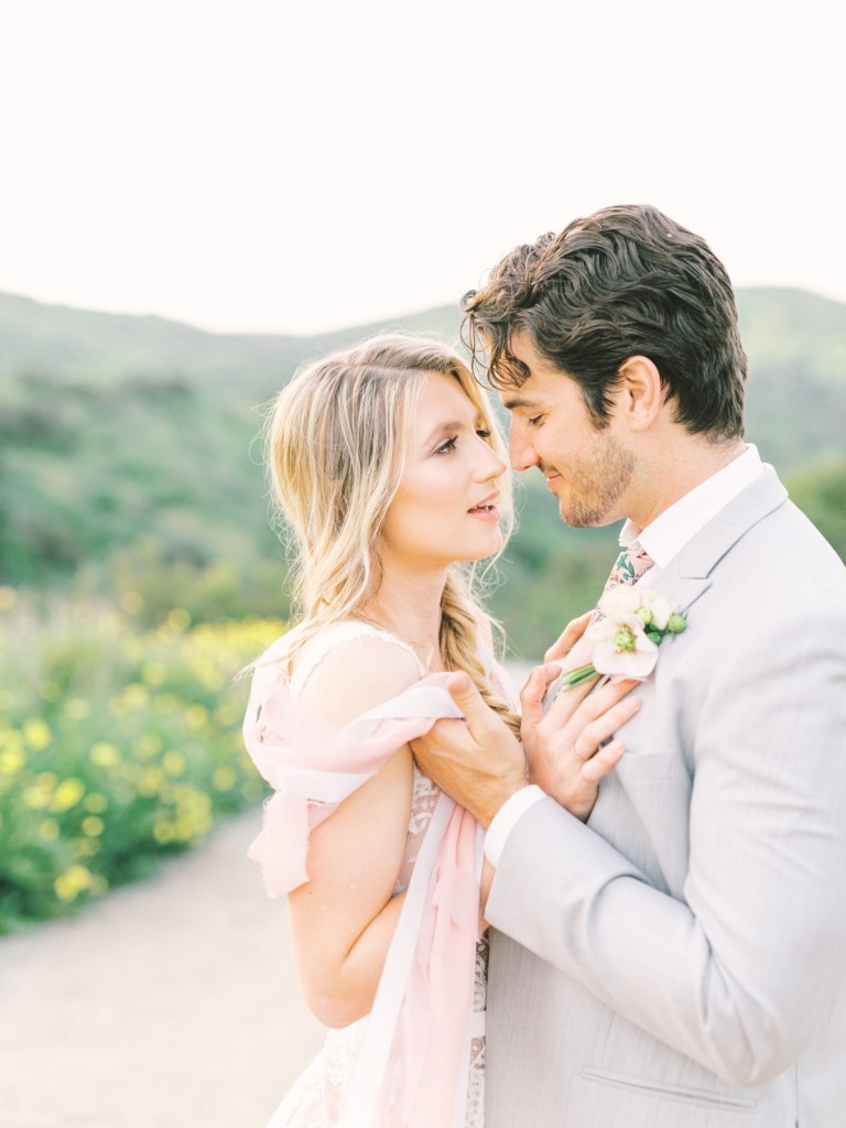 San Diego Elopement Wedding With Kite