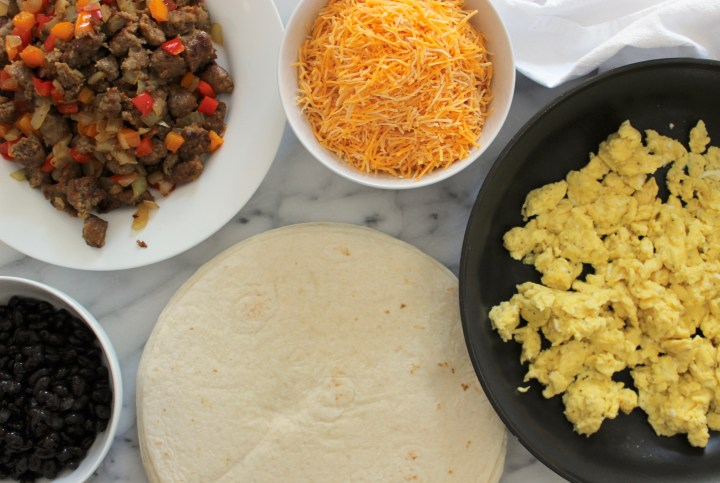 Easy Homemade Breakfast Burritos