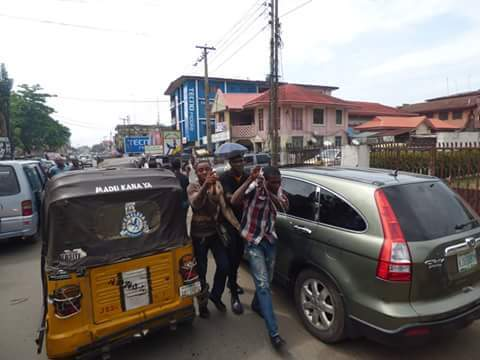 76abd fb img 1476165961226 793900 - Onitsha Market Jubilates As Security Agents Nab Hoodlums Who Extort Money From Traders (Photos)