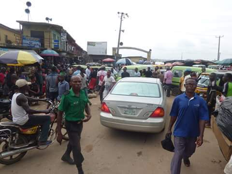c666d fb img 1476165723959 705390 - Onitsha Market Jubilates As Security Agents Nab Hoodlums Who Extort Money From Traders (Photos)