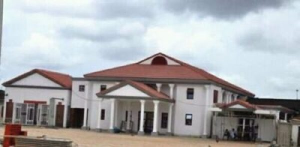 wp-1476383488785 See The Fabulous New look Of The Benin Palace And Old Look (Photos)