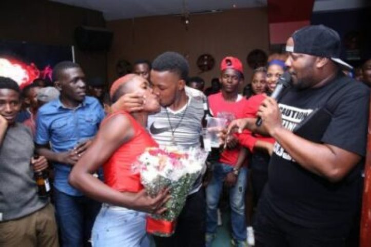 dwgesuqx0aqdw1 Checkout Photos From A Kissing Competition In Kampala, Uganda