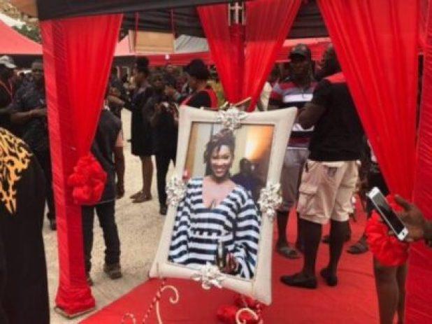 ebony-reigns-1-week-celebration-photos-1-768x576 Ebony's Spirit Is Haunting Me In My Dreams – Woman Narrates (video)