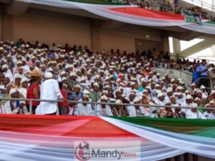 8612810_img20190128wa0023_jpeg0d7c19975fe9518884f0afb15c9c033f1385832348 Atiku Abubakar Flags-off Presidential Campaign In Uyo (Photos)