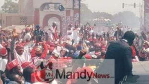 8665441_fbimg1549212791156_jpege5e2ed28bf149912aa6e68a722ece8ba-300x169 See Massive Crowd That Welcomed Kwankwaso In Dala Local Government In Kano (Photos)
