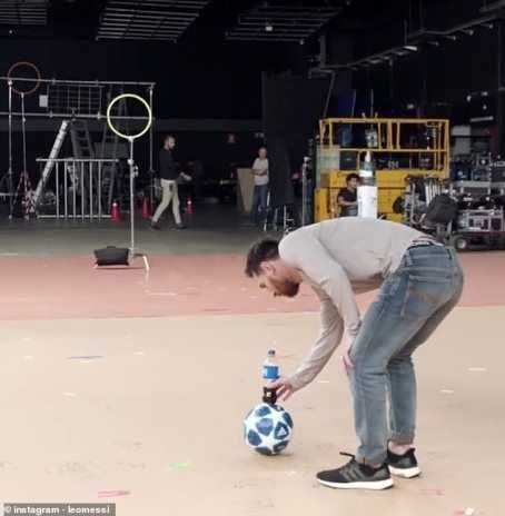 8715823_20190209074257_jpege7aad66a27e0830f4654a6178725db622088705105 Lionel Messi Produces Superb Bottle Flip In New Pepsi Advert (Photographs, Video)