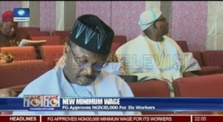 8723132 img20190210064537 jpegf21ec629cca2ae0a014699270a24c0d6190751395 - INEC Chairman Spotted Wearing An APC Campaign Cap With Broom Design