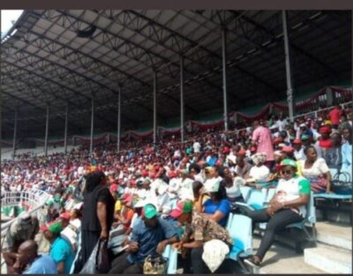 8734714_screenshot20190211122410_jpegac7dc7d32670c02a2a6954d318f803141130343410 Photos Of Crowd Waiting For Atiku At His Rally In Rivers